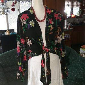 🆕️ NWT Worthington floral blazer with front tie